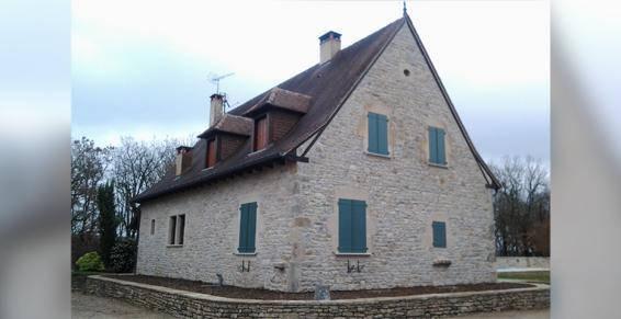 Restauration de bâtiments pierres à Labastide-Gabausse