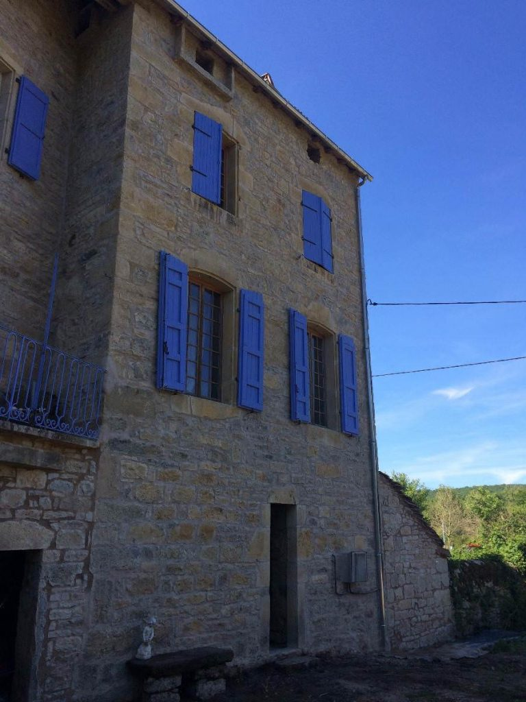 Restauration de bâtiments anciens à Montpezat-de-Quercy