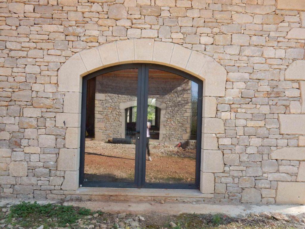 Restauration de bâtiments pierres près de Saint-Jean-de-Laur
